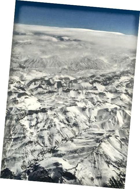 Núi tuyết từ máy bay