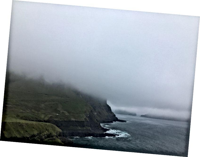 Şimdi bu bir bulut. Faroe Adaları - Eylül 2017. Fotoğraf bana göre.