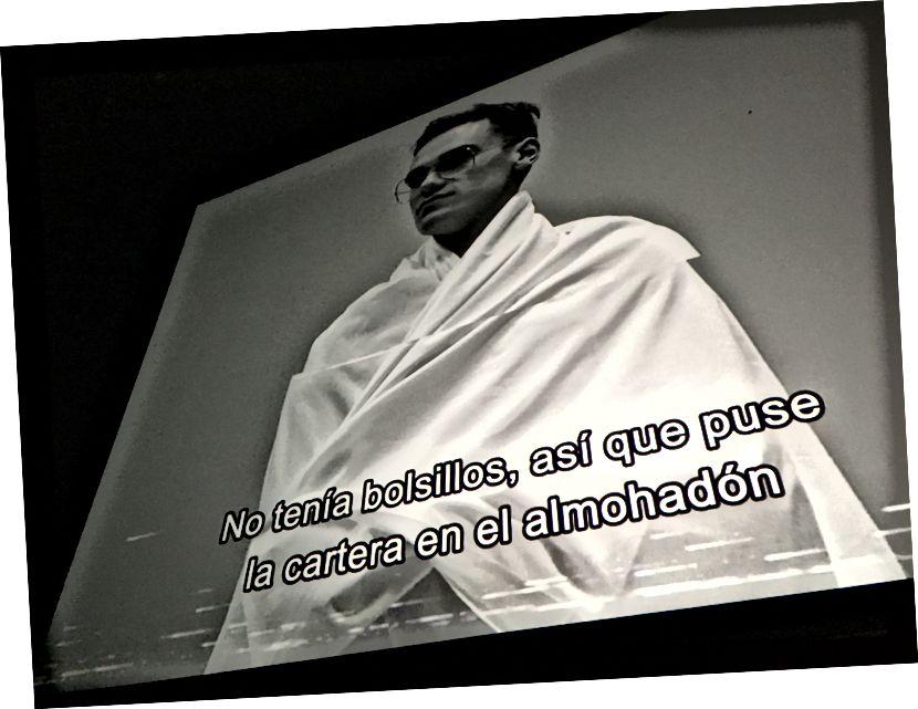 Çoğunlukla Flaman dilinde ve İspanyolca altyazılı bir film festivalinde bir belgesel izlemek. Cehennem evet!