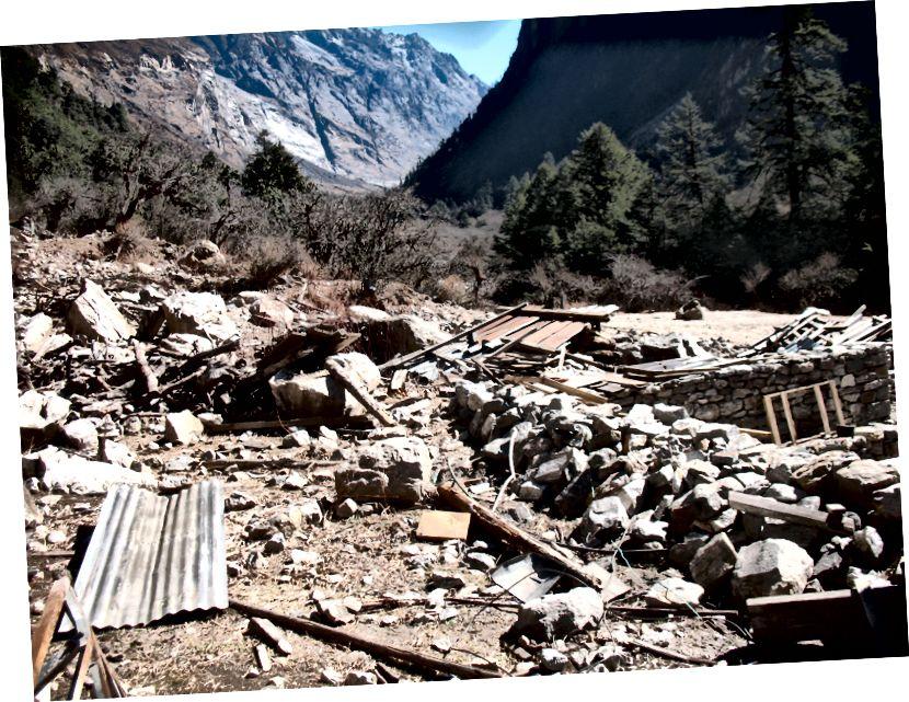 Maavärina tagajärjel hävinud Ghoda Tabela (3008m)