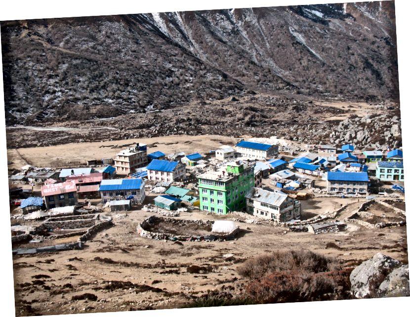 Kyanjin Gompa (3850m)