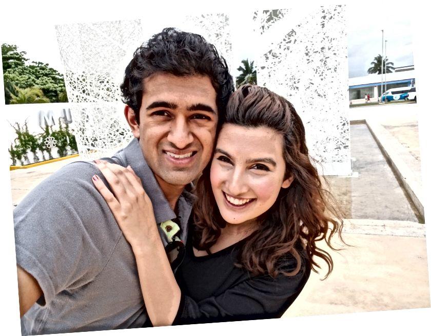 Tôi và bạn gái của tôi tại một bảo tàng khảo cổ Maya ở Khu khách sạn của Cancun!