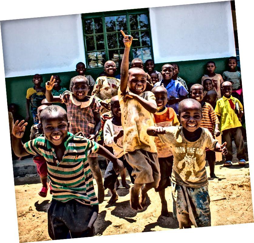 Bukompe mülteci kampı / köyünün çocukları.