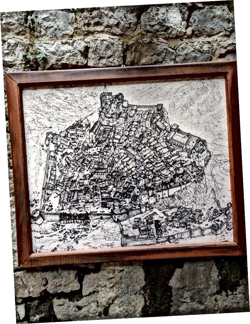 Детальна карта старого міста. Землетрус 1979 року знищив акведук, що постачав воду до міста. Місце було занедбане, і нове місто Бар було побудовано біля порту на узбережжі.