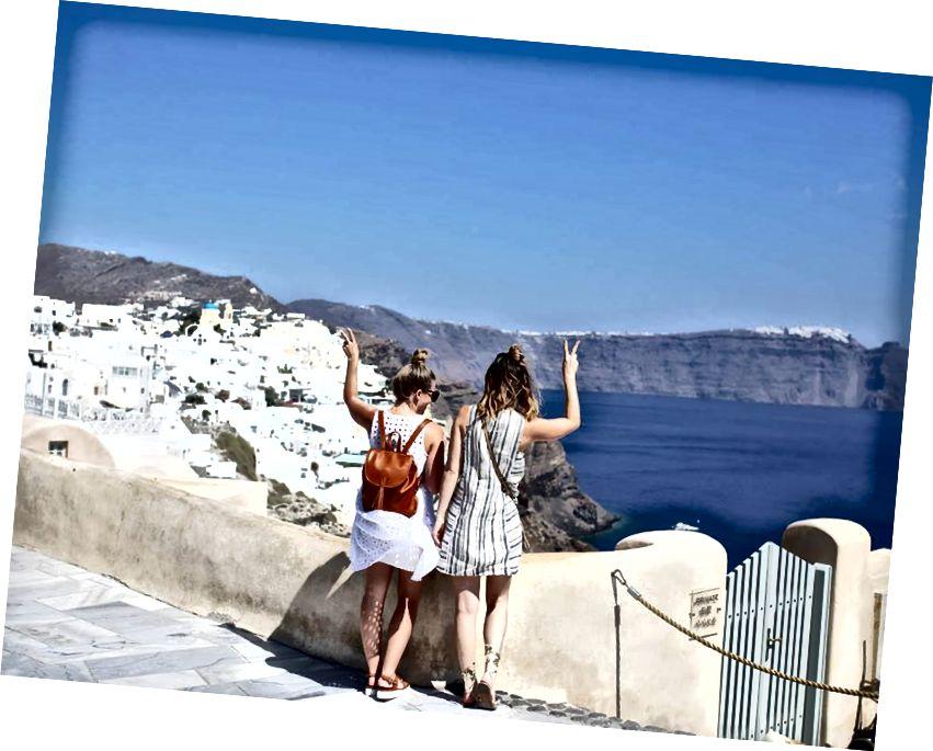 Grabr ile Yunanistan'da Grabr kullanan kızlar