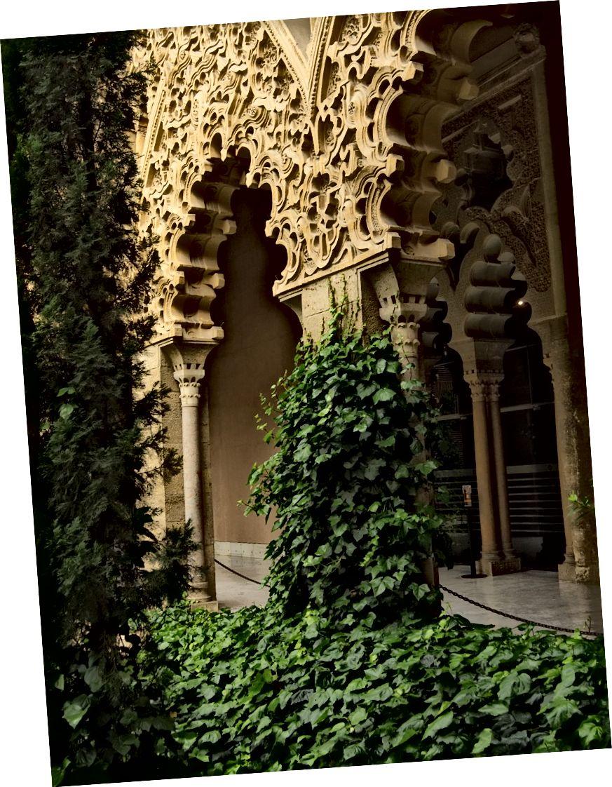 Палац Альяферії, Сарагоса, Адам Крейг