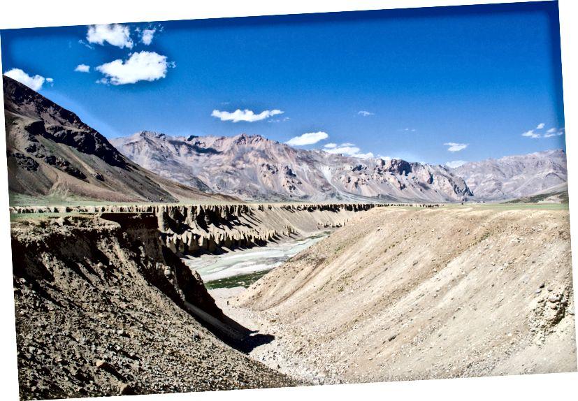 Тсарап Цху (Ривер) негде у Сарцху на граници Химацхал и Ладакх