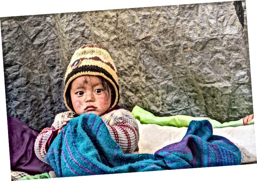 ГИМА - Слатко дете, тако срећно да је рођено и одрасло у планинама - Виски Нуллах, Ладакх, Индија