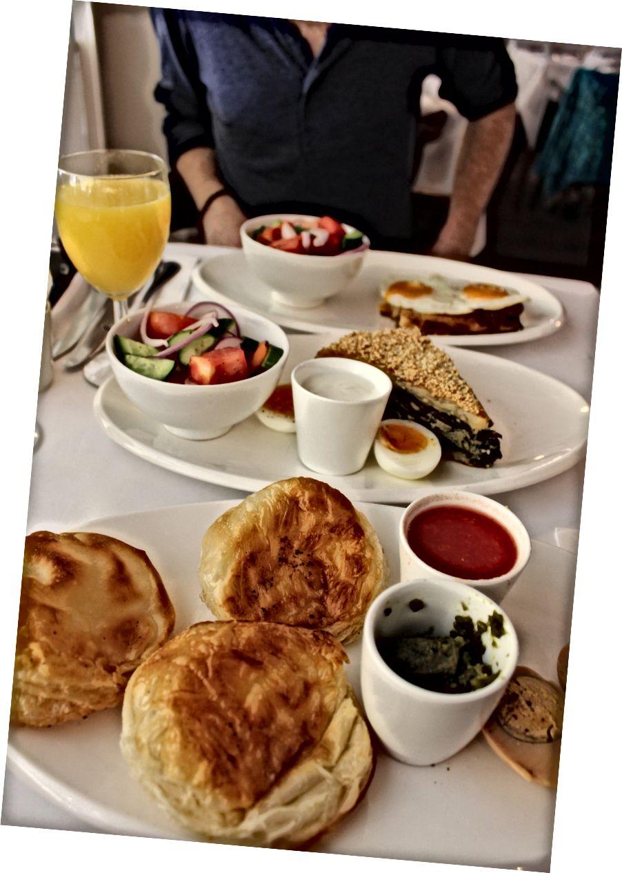 Сніданок чемпіонів у Делікатесі