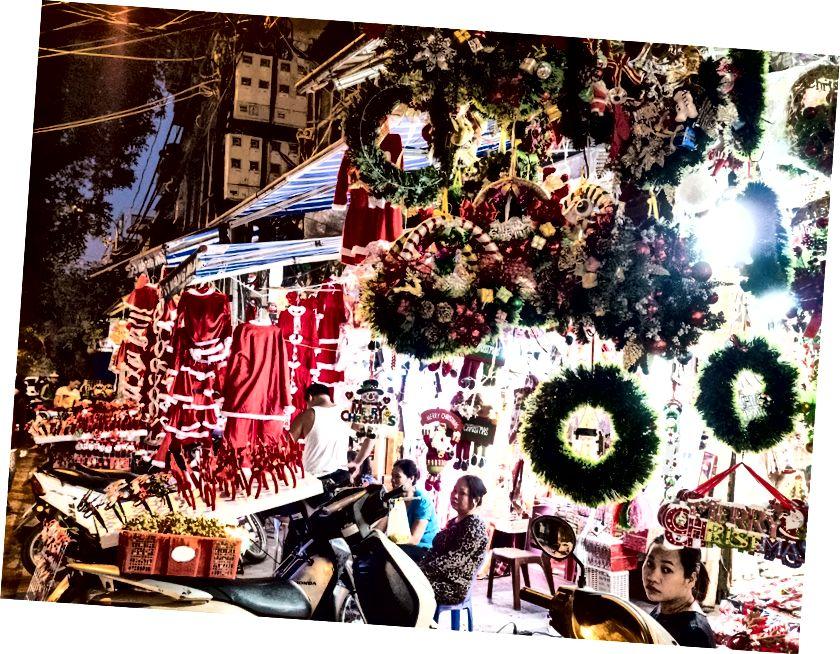 Hanoi'de Noel popüler görünüyor