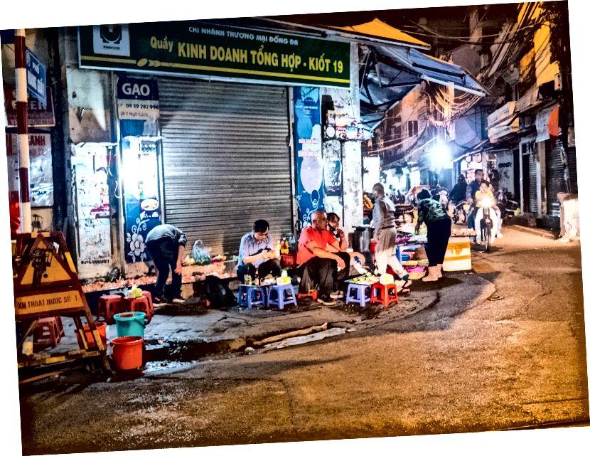 Hanoi, yiyecek odaklı bir gece hayatı sunuyor