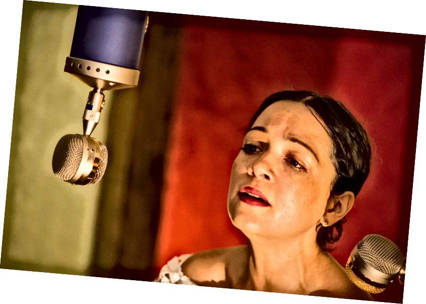 Người chiến thắng giải Grammy Natalia Lafourcade trong El Ganzo Phiên | © El Ganzo
