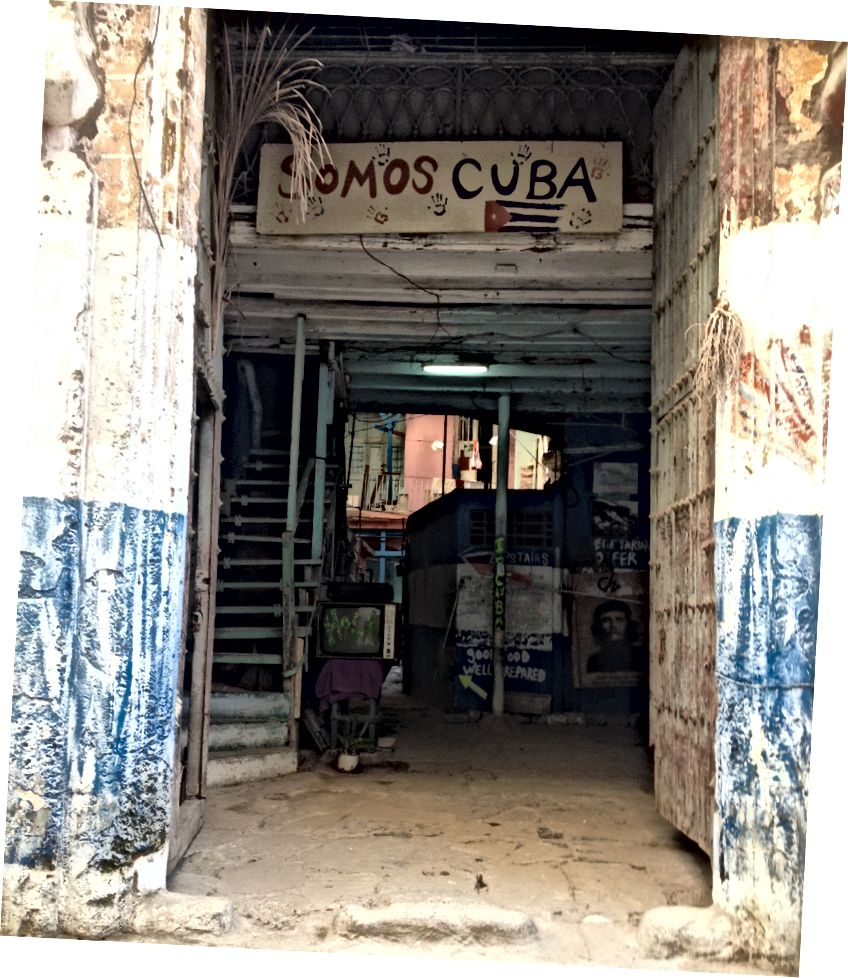 Hola: Biz Küba'yız. Fotoğraf kredisi: Neely