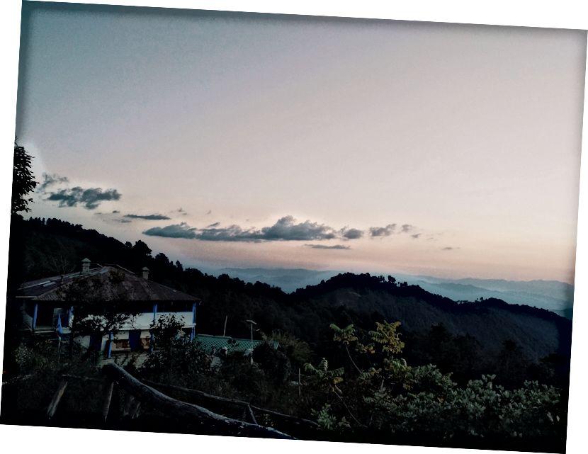 Час заходу сонця, Бінсар