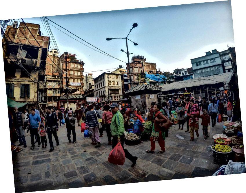 Pasar yang sibuk di Kathmandu