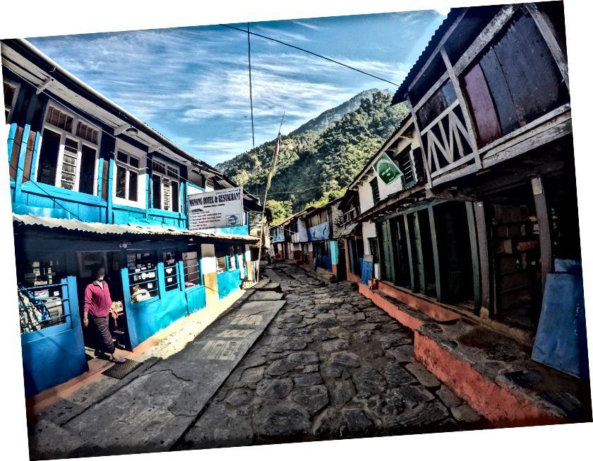 Desa Bhulbule yang bersih