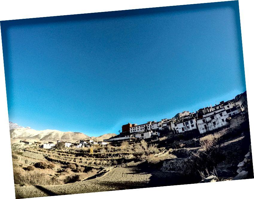 Ilus Alam-Mustangi oru küla