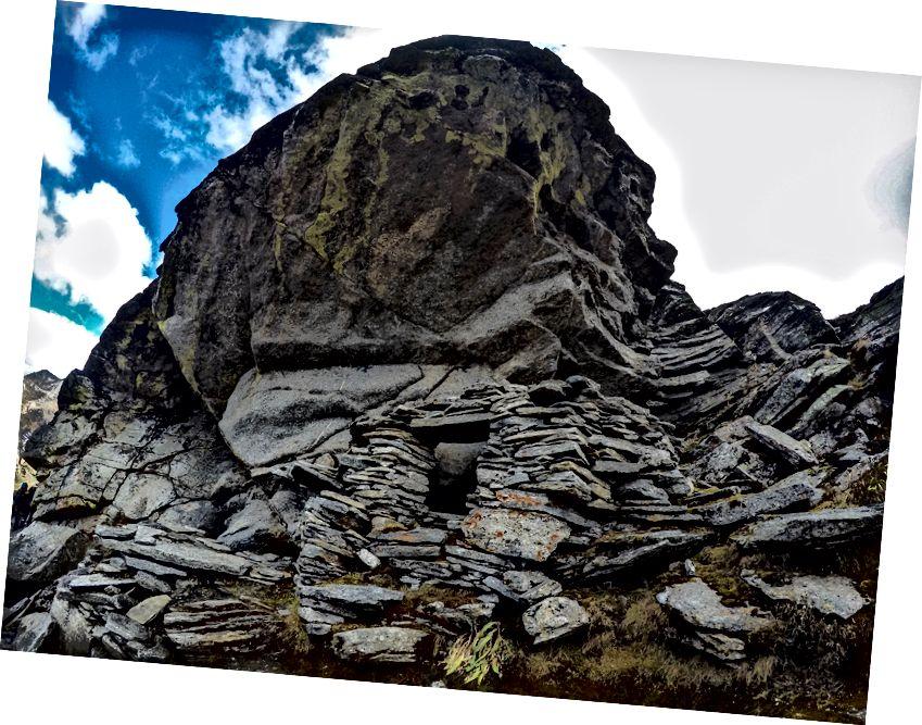 باگوا باسا میں فیلیڈ ٹائیگر کا غار