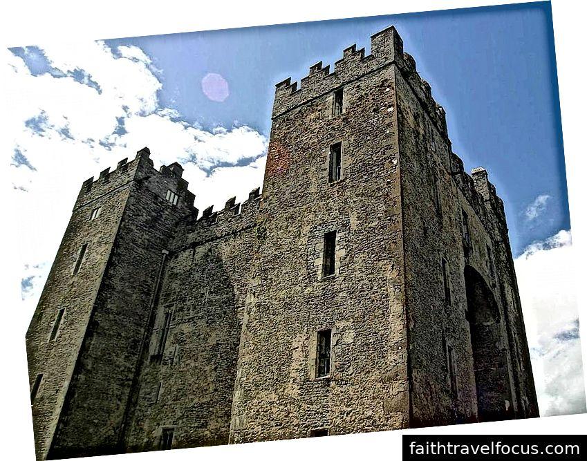 Lâu đài Bunratty, Ireland