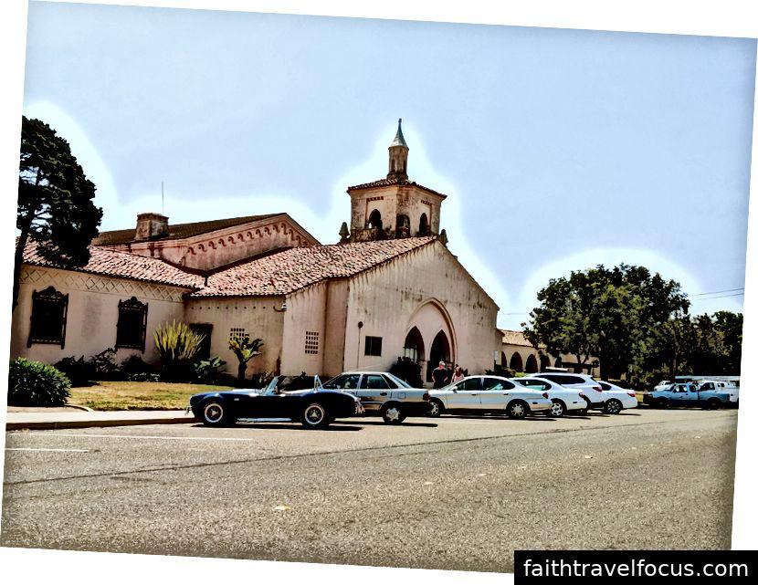 Tòa thị chính trên đường Obispo.
