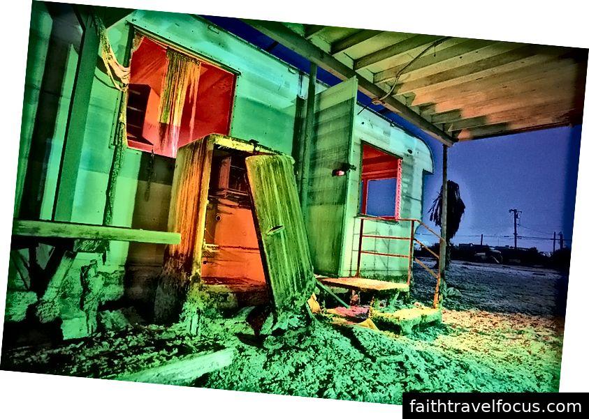 Biển Salton. Ảnh tín dụng Troy Paiva, https://lostamerica.com/