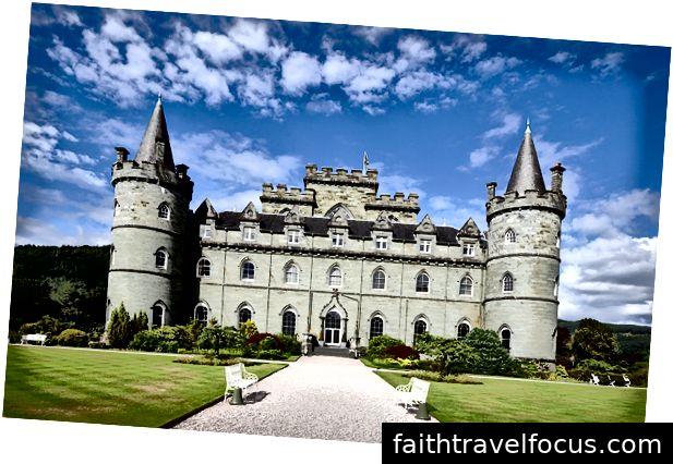 Lâu đài nổi tiếng ở Scotland
