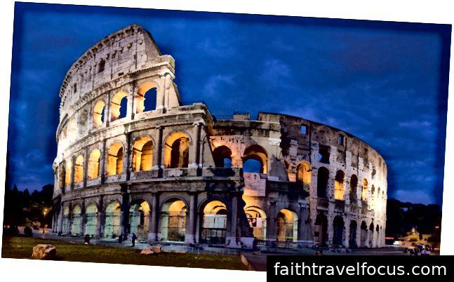 Flavian Amphitheater, hay còn gọi là Colosseum hoặc Coliseum