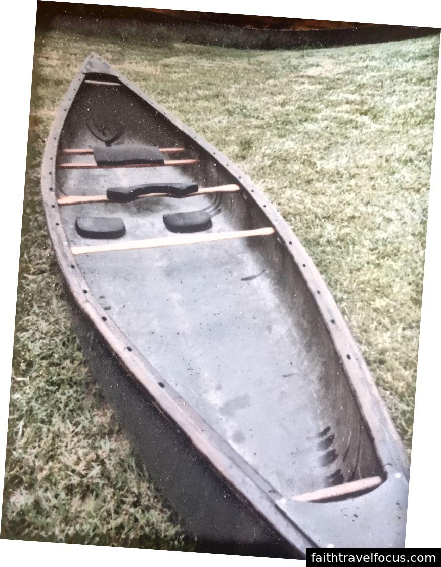 Thợ săn vịt Mad River Explorer 16 chân cũ của tôi, tìm thấy bản in cũ này mang lại nhiều cảm xúc hơn nó cần.