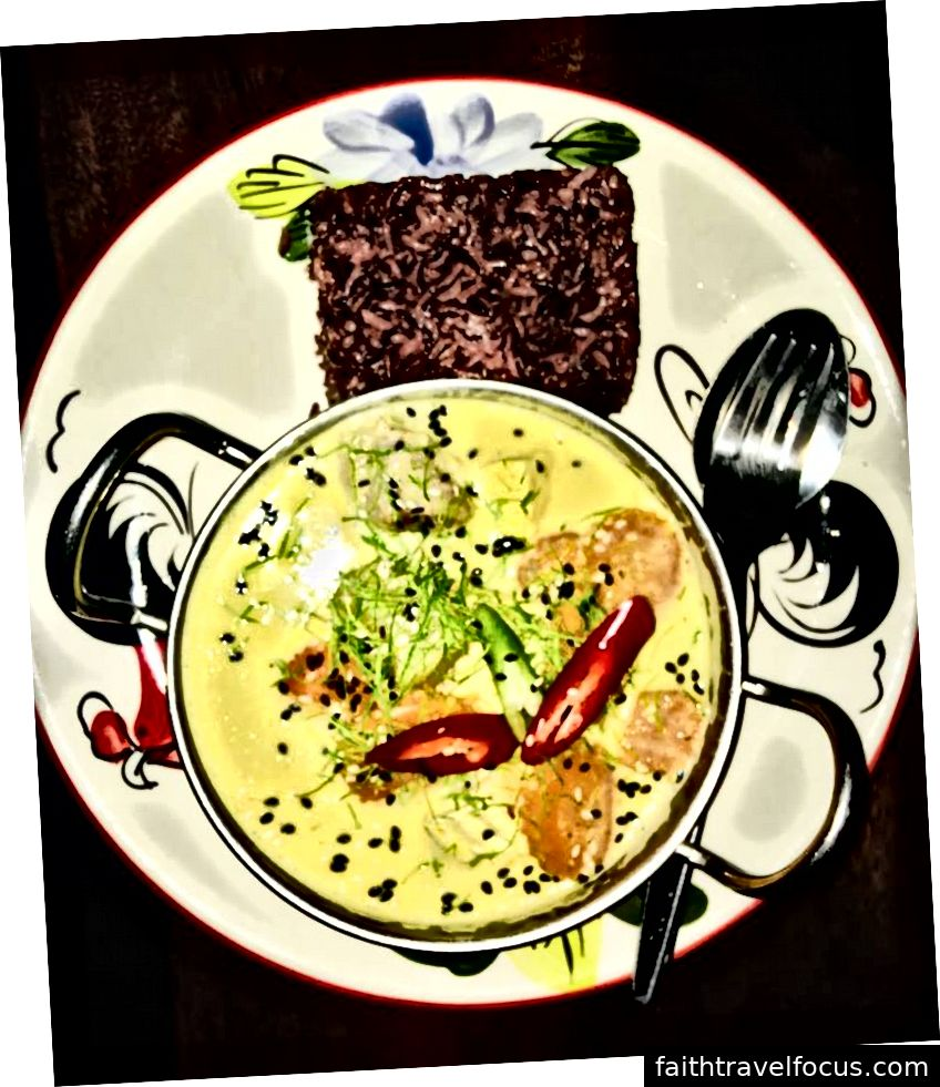 Cà ri vàng cay kiểu Thái