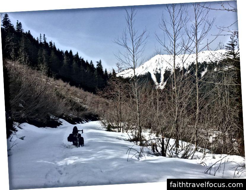 Công viên tiểu bang Iron Horse đến đèo Snoqualmie ở phía tây Washington.