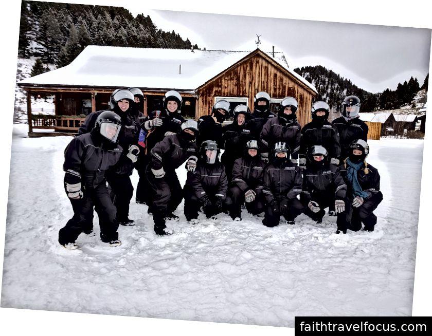Elk Lake Lodge là một thiên đường nhỏ mà bạn chỉ có thể truy cập thông qua xe trượt tuyết.