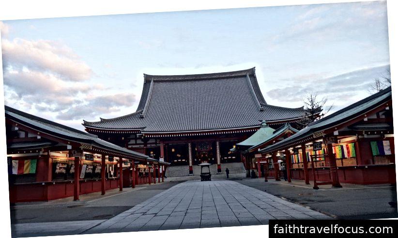 Đền Sensō-ji ở Asakusa