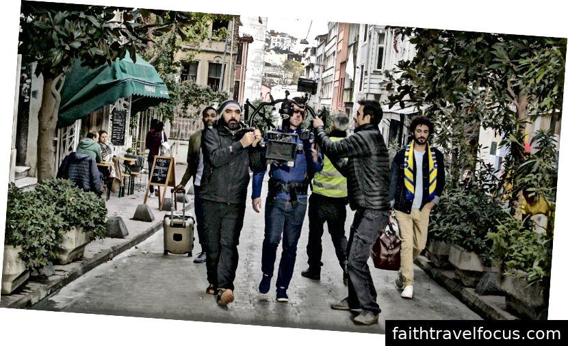 Đội máy ảnh / tay cầm của chúng tôi, Gokay và Ugur.