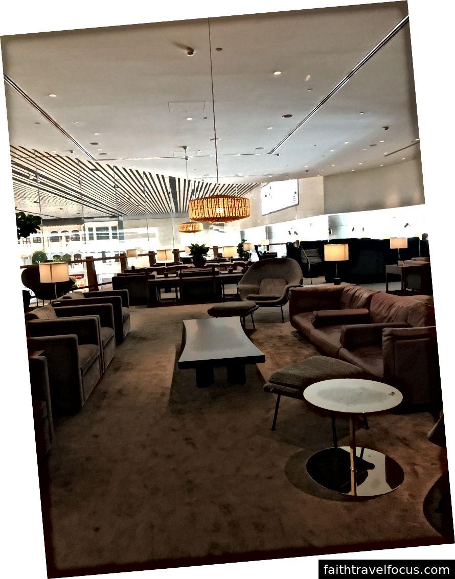 Phòng chờ Cathay Pacific