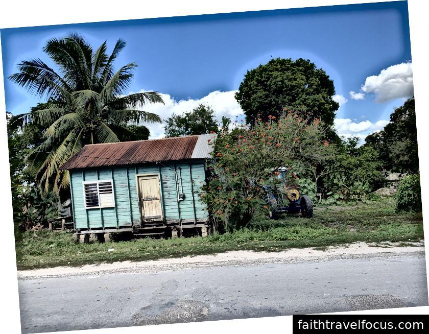 Chụp trên iPhone XR. Orange Walk, Belize. Tháng 1 năm 2019.