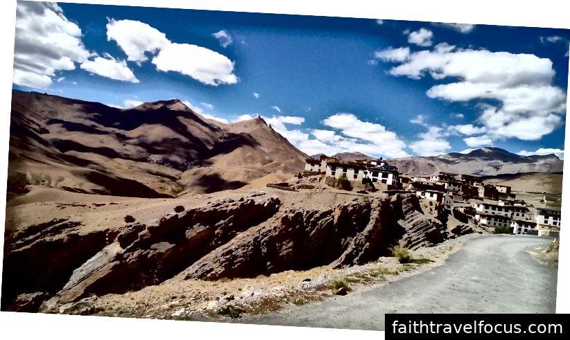 Kibber ở độ cao 14000 feet (4207 m)