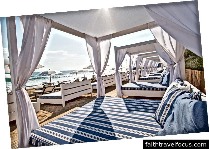 Phòng chờ bãi biển, Puglia