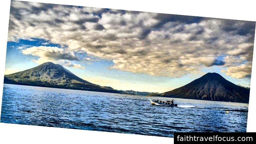 Hồ Atitlán