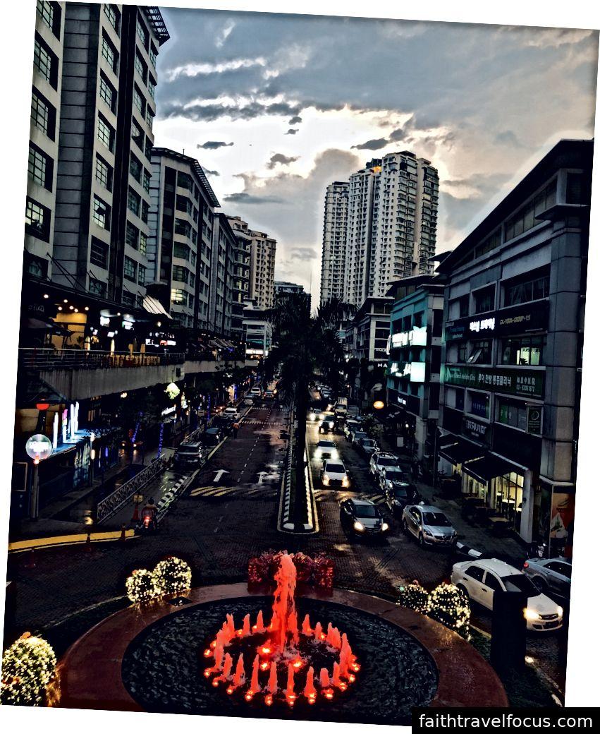 Solaris, KL, Malaysia - bởi Dibakar Kinhra Dhar