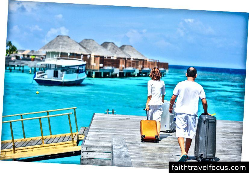 Có thể bạn đang lên kế hoạch đến Florida, nhưng đại lý du lịch của bạn có thể đề nghị St Barts thay thế.
