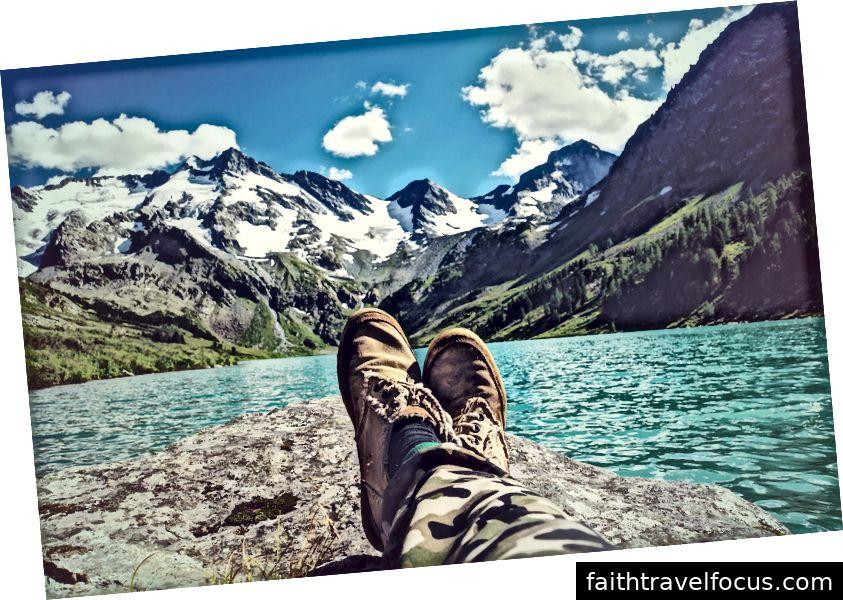Ngày lễ sẽ cho bạn cơ hội để đặt chân lên, nhưng tổ chức một chuyến đi thường là một trải nghiệm khó chịu
