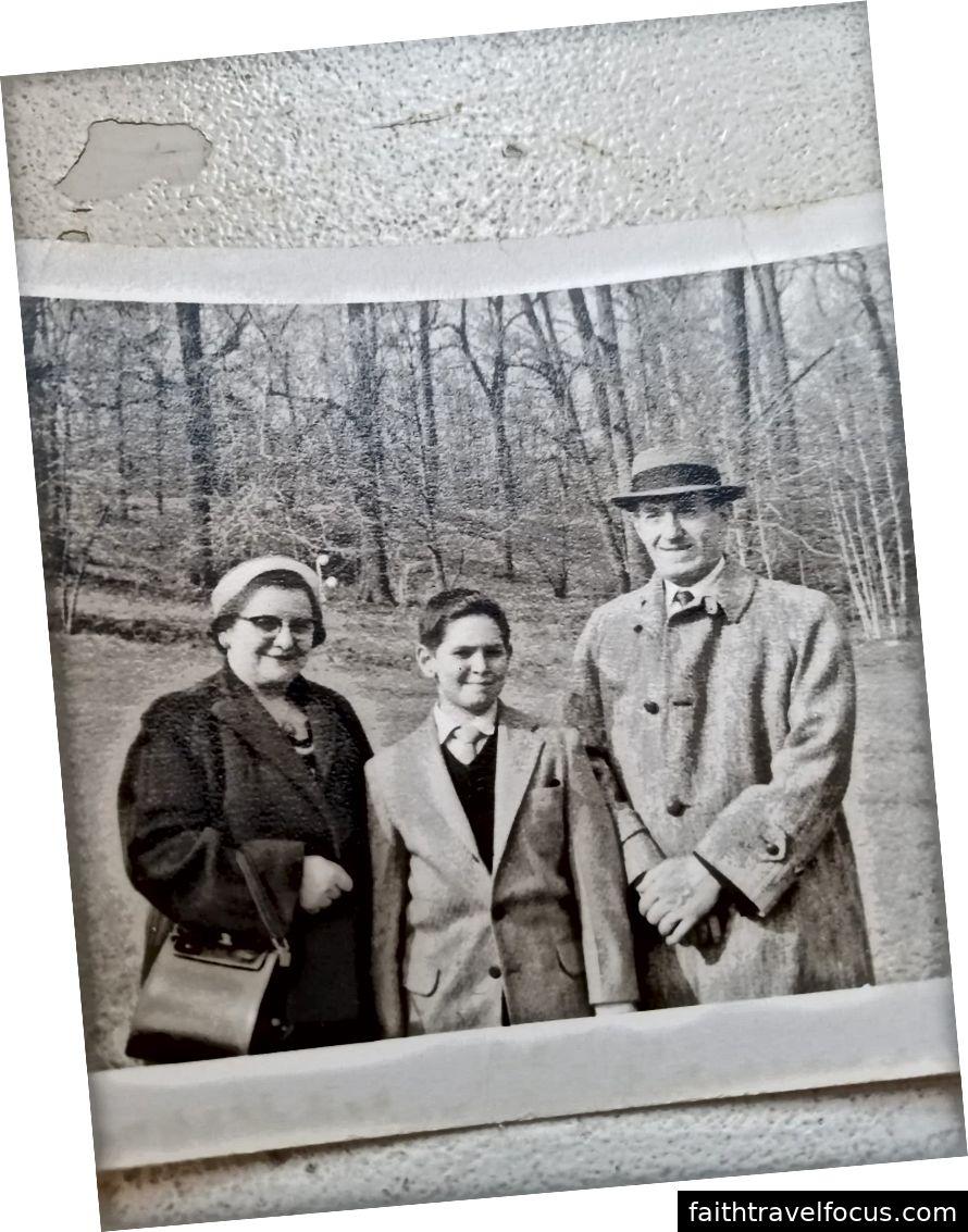 Irma, Les (cha tôi) và Max khoảng năm 1960