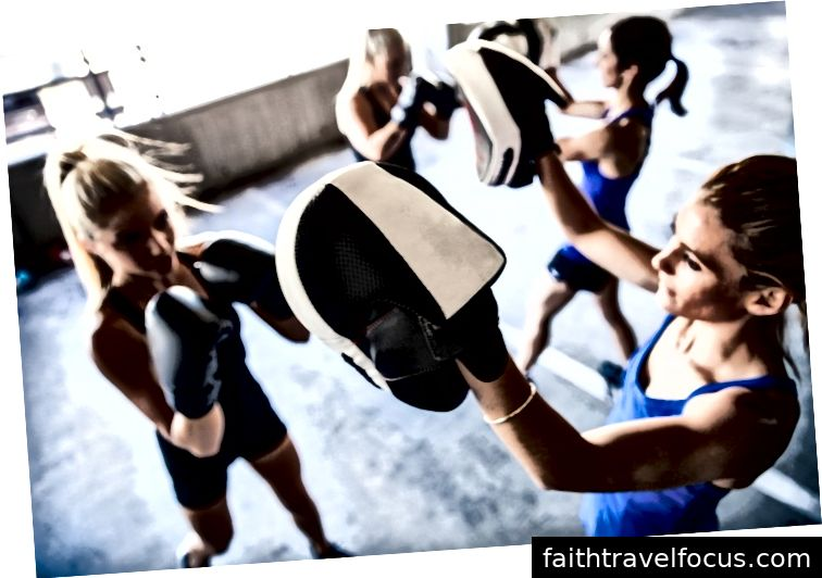 Du vil ikke se vægte i The Body Camp, da fokus er på fedt tab, fitness, styrke og konditionering, nye vaner, personlig ro i sindet og lykke.