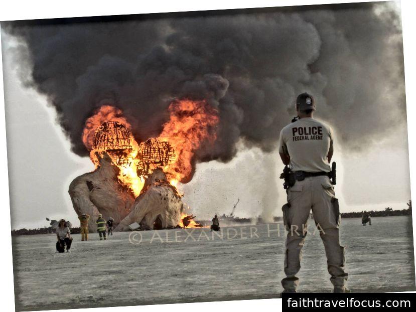Burning Man 2014 - Ảnh chụp bởi AleXander Hirka