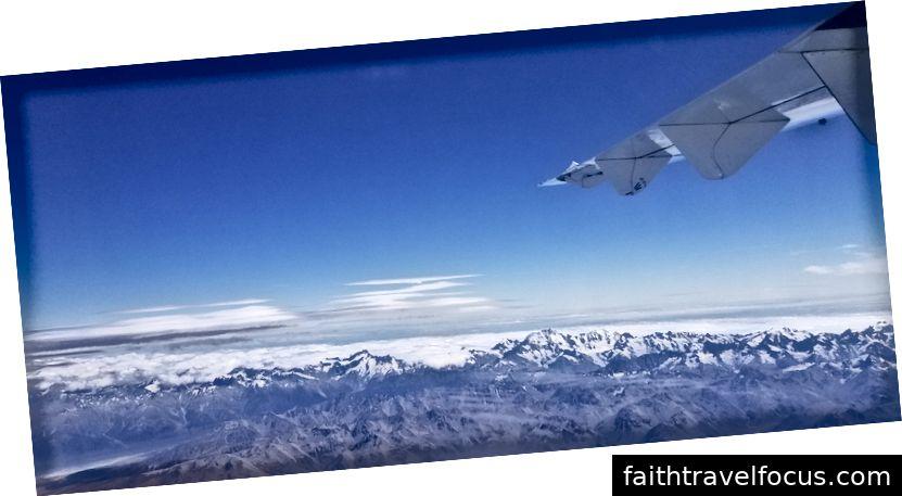 Nam Alps khi nhìn từ máy bay trên đường đến Auckland