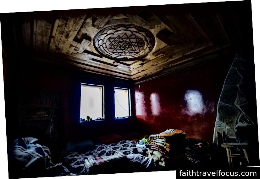 Phòng ngủ của chúng tôi cho đêm.