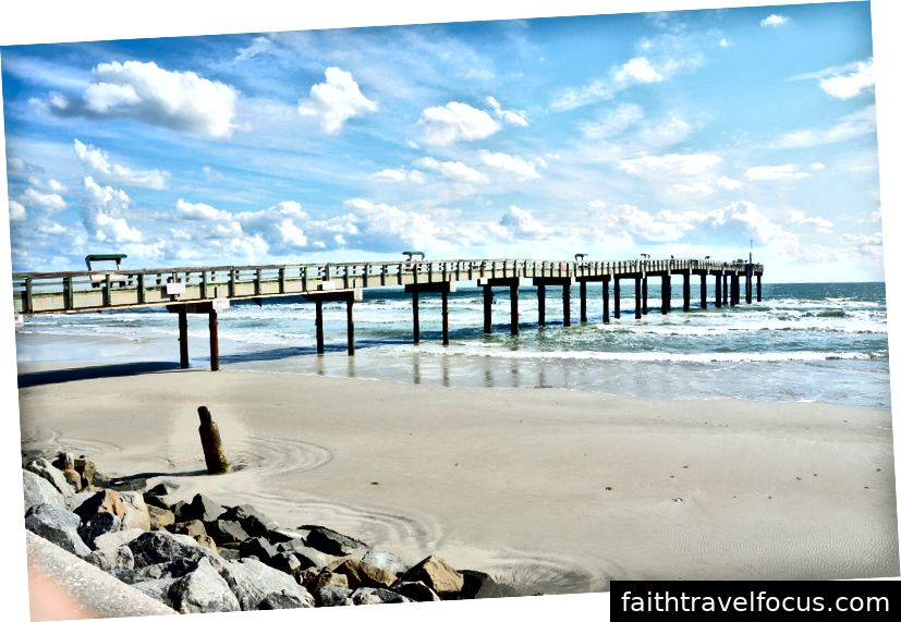 Bãi biển và bến tàu St. Augustine