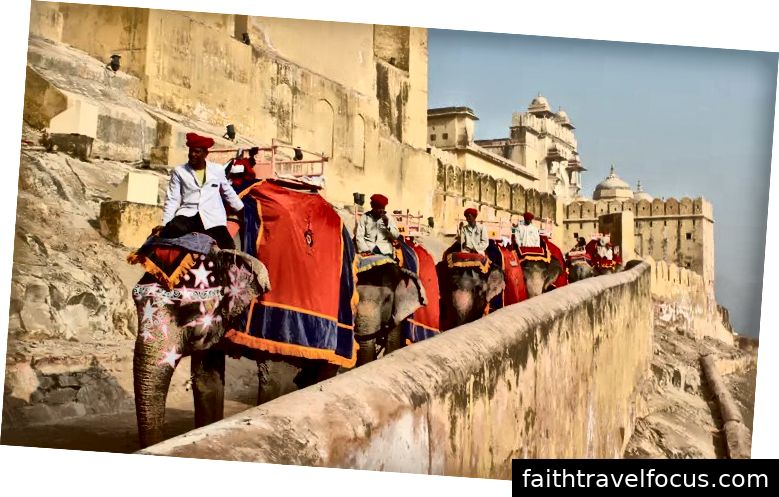 Amber Fort với Voi cưỡi, Jaipur