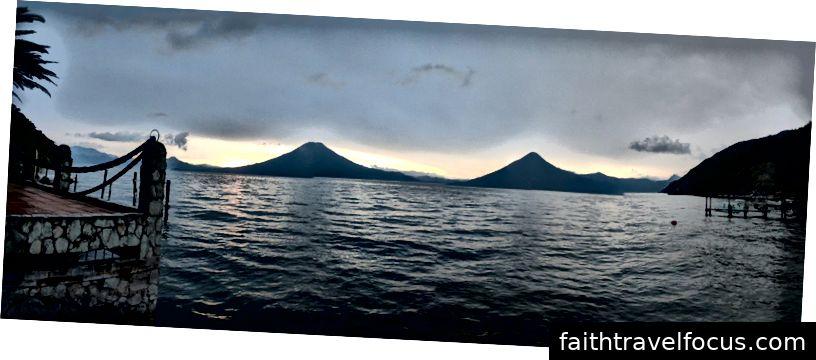Làm thế nào chúng ta có thể nghĩ về việc quay trở lại với quan điểm như thế này, ở Hồ Atitlan, Guatemala!