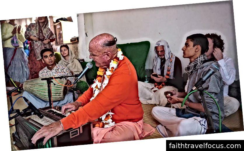 Indradyumna Swami dẫn đầu Kirtan ở thị trấn Dauji (Ảnh của Ananta Vrindavan das)